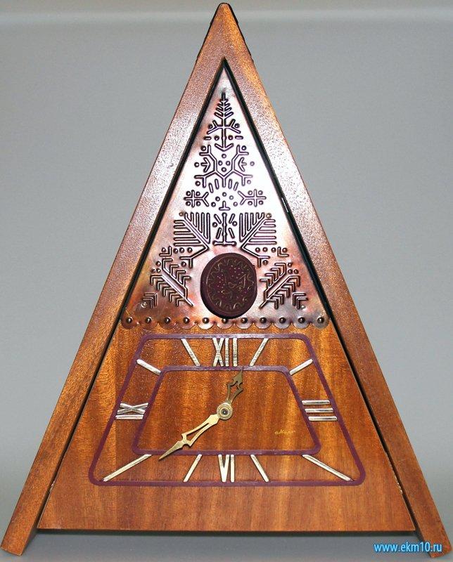 Часы настенные с кукушкой