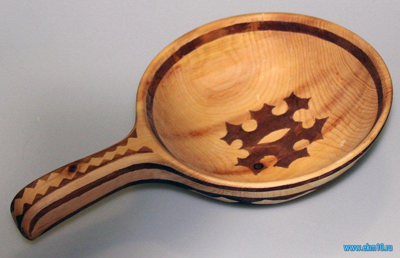 Плошка  деревянная с национальным орнаментом ханты