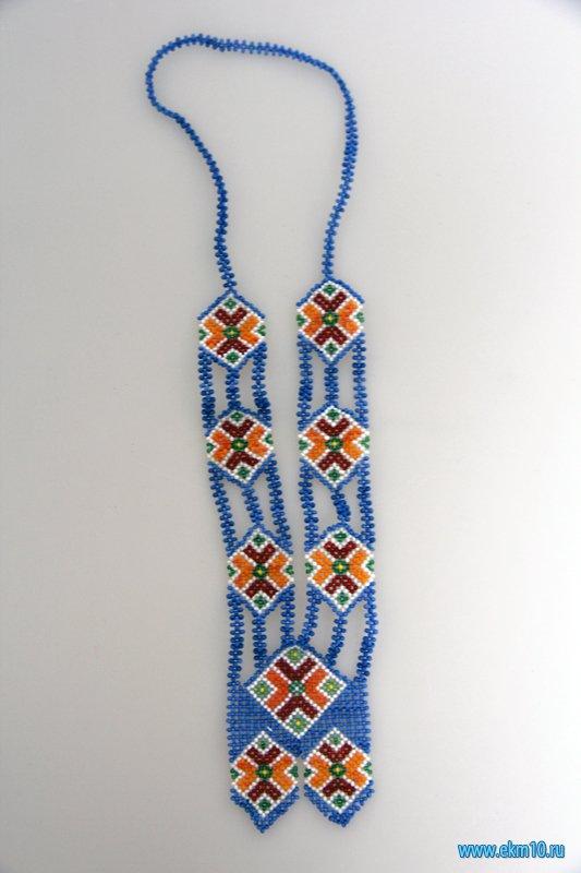 Нагрудное женское украшение народов ханты