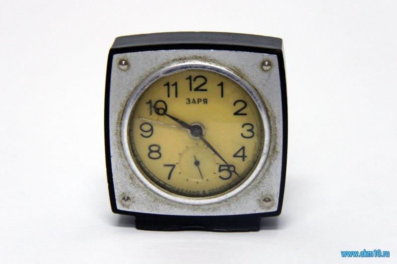 Часы «3аря»